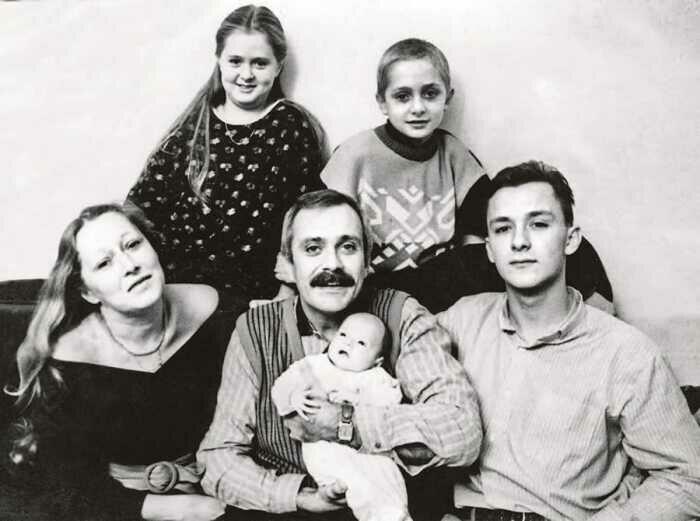 Семья Михалковых. / Фото: www.kiosk-plus.ru