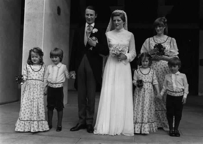 Свадьба леди Джейн. Диана в роли подружки невесты на заднем плане. (Фото: GLOBAL LOOK PRESS)