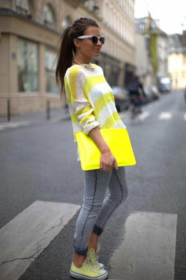 2021– это жёлто-серый год. Стильные образы для женщин 50+