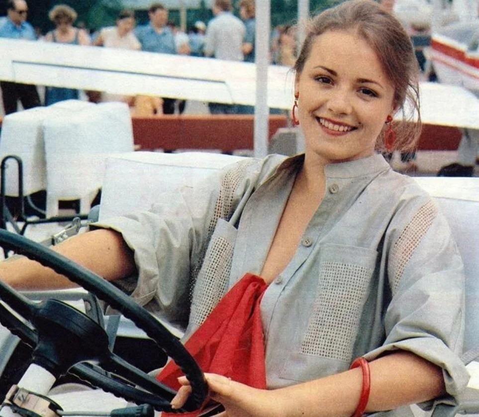 «Одна поездка в Африку перечеркнула всю ее жизнь»: судьба актрисы Елены Цыплаковой