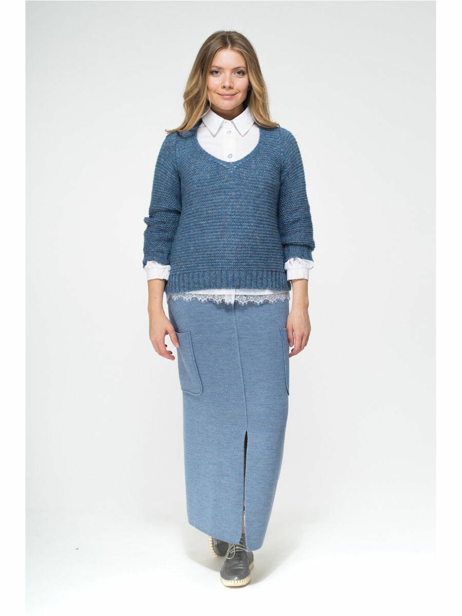 Носить юбку нужно не просто так, а стильно. 15 образов для женщин 50+